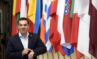 Le premier ministre grec Alexis Tsipras le 10 mai 2015 à Bruxelles, après une réunion avec le président français François Hollande et la chancelière allemande  Angela Merkel