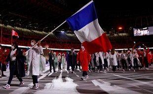 La délégation française à son entrée dans le stade olympique de Tokyo, le 23 juillet 2021.