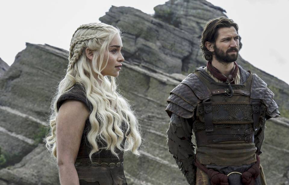 «Game of Thrones»: Apprenez la langue disparue des Targaryen en ligne 960x614_emilia-clarke-michiel-huisman-game-of-thrones