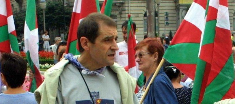 Jose Antonio Urrutikoetxea, alias « Josu Ternera », lors d'une manifestation en août 2002 à Bilbao en Espagne.