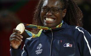La judokate avait ému par ses larmes de joie lors de sa victoire aux JO.