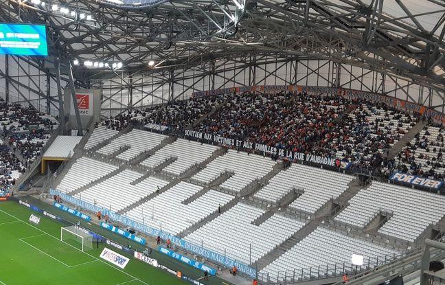Marseille: «Interdits mais solidaires...» Les supporters de l'OM pensent aux victimes du drame de la rue d'Aubagne
