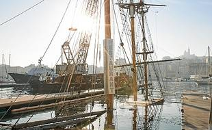 Le bateau, lors du démâtage.