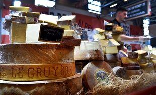 Un stand de fromages au salon de l'Agriculture 2018 de Paris.