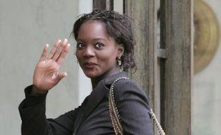 Rama Yade était reçue à Matignon le 17 mai 2007 lors des consultations de François Fillon. Elle est secrétaire nationale chargée de la francophonie à l'UMP.