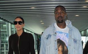 Kim Kardashian et Kanye West lors d'un séjour à Londres.