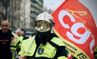 De nombreuses manifestations ont vu des pompiers défiler ces derniers jours.