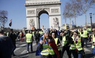 Rassemblement de «gilets jaunes» sur les Champs-Elysées le 23 février 2019.