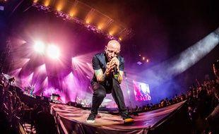 Chester Bennington en concert avec son groupe Linkin Park le 17 juin 2017 à Monza (Italie)