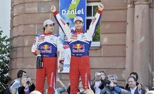La victoire de Sébastien Loeb était très attendue hier. Que ce soit à Haguenau, sa ville natale, au Zénith d'Eckbolsheim ou au Parlement européen (de haut en bas), les fans se sont massés par centaines voire par milliers pour encourager puis féliciter le seul pilote à avoir remporté sept fois de suite le championnat du monde des rallyes.
