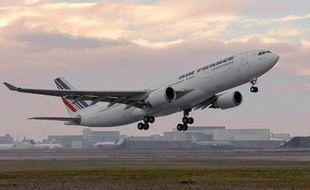 Un airbus A330 de la compagnie Air France, du même type que celui qui a disparu dans la nuit de dimanche à lundi.
