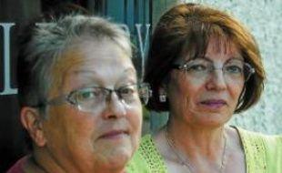 Nicole Mendez et Janine Caillot, salariée actuelle et ex-Lejaby de Rillieux.
