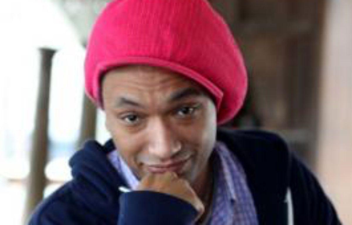 """Doc Gynéco le 3 mars 2009, lors de l'enregistrement d'une émission télé """"On en parle à Paris"""" – CAPMAN/SIPA"""