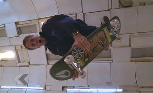 Tony Hawk skate sans gravité - Le Rewind (vidéo)