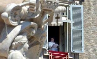 Le pape François a une nouvelle fois adressé un salut chaleureux aux musulmans dimanche lors de l'Angelus, Place Saint-Pierre, pour la fin du ramadan, en appelant en parallèle les chrétiens à donner la priorité à l'amour.