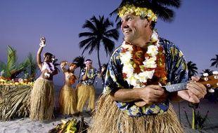 Un touriste s'amuse à Hawaï