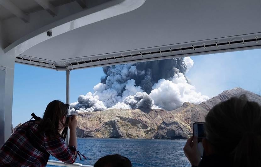 Nouvelle-Zélande : Une enquête criminelle ouverte après l'éruption meurtrière d'un volcan