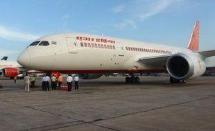 Les Etats-Unis, le Japon, l'Inde et le Chili ont interdit jusqu'à nouvel ordre aux Boeing 787 de décoller, après une série exceptionnelle d'incidents, les investigations officielles au Japon se concentrant sur les batteries et le système dans lequel elles sont intégrées.