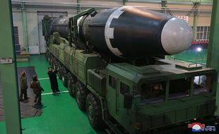 La Corée du Nord a testé un nouveau missile balistique intercontinental, le Hwasong-15, le 28 novembre 2017.