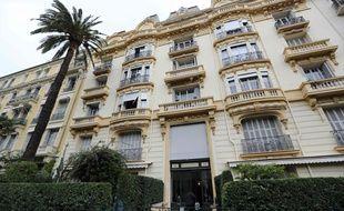 Jacqueline Veyrac, la propriétaire d'un hôtel cinq étoiles de Cannes enlevée en plein jour près de chez elle lundi, a été retrouvée saine et sauve 48 heures après ce rapt spectaculaire.