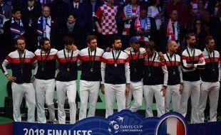 L'équipe de France abattue après sa défaite en finale de la coupe Davis