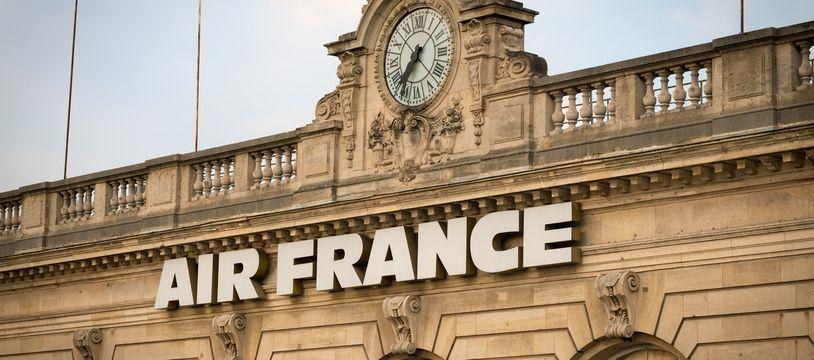 Le 23 juillet 2018, à Paris (7e). La devanture de l'agence Air France Invalides, 2, rue Robert-Esnault-Pelterie.