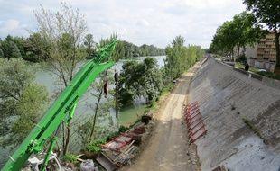 Réfection des digues de la Garonne, près de l'avenue de Muret.