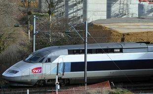 Un TGV qui circule le 27 janvier 2014.