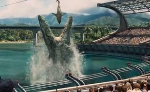 Capture d'écran d'un extrait de la bande annonce du film Jurassic World.