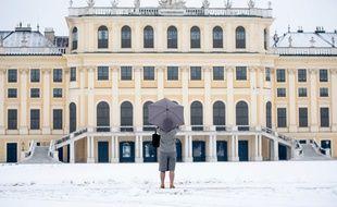 Un touriste à Vienne, en Autriche..