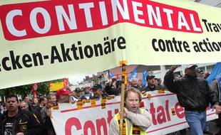 Manifestation des salariés de Continental à Compègne en 2009