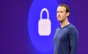 Le patron de Facebook, Mark Zuckerberg, à la conférence F8, le 1er mai 2018 à San Jose.