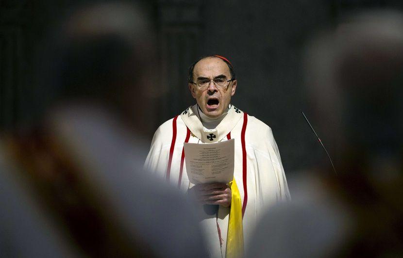 Prions pour le cardinal Barbarin - Page 2 830x532_enquete-non-denonciation-agressions-sexuelles-mineurs-non-assistance-personne-danger-laquelle-cardinal-philippe-barbarin-mis-cause-classee-suite-lundi