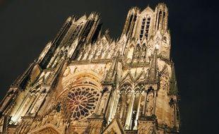 L'enquête s'oriente vers une tentative de braquage des chalets du marché de Noël de Reims, installé au pied de la cathédrale