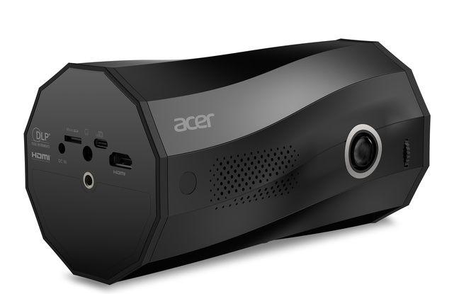 Le projecteur C250i peut se positionner à l'horizontale...