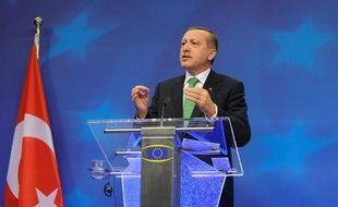 Le Premier ministre turc Recep Tayyip Erdogan durant une conférence de presse à Bruxelles le 21 janvier 2014 au siège de la Commission européenne