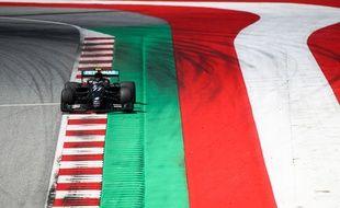 Le pilote Valtteri Bottas (Mercedes) partira en pole.