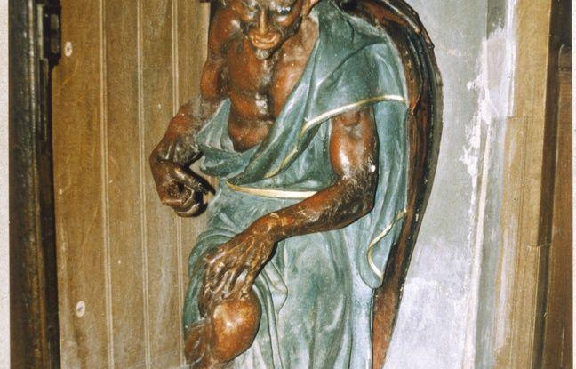 Aude: Elle décapite le diable de l'église de Rennes-le-Chateau