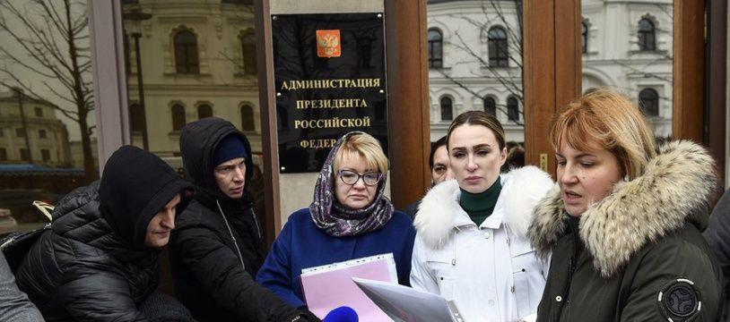 Des mères de prisonniers russes à Moscou, le 19 novembre 2019.