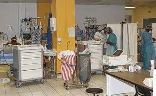 L'ancien réfectoire du CHU de Pointe à Pitre a été transformé en salle  de réanimation pendant la deuxième vague du COVID-19 en Guadeloupe.