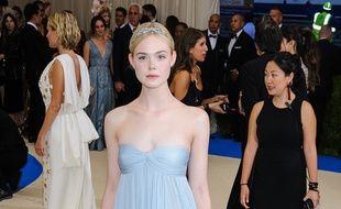L'actrice Elle Fanning au Met Gala 2017