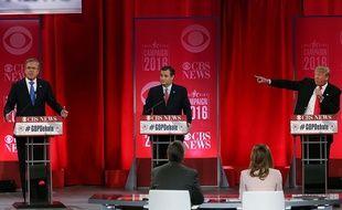 Jeb Bush, Ted Cruz et Donald Trump lors du débat républicain en Caroline du Sud, le 13 février 2016.