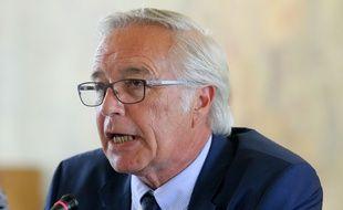 Election de Francois Rebsamen (Ancien ministre du Travail) en tant que maire de Dijon.