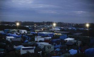 Les centaines de tentes de la jungle de Calais.