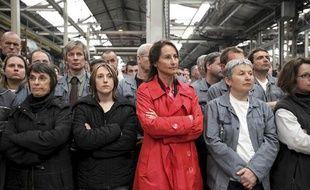 Le 25 mars, Ségolène Royal visite l'usine de Heuliez à Cerisay.