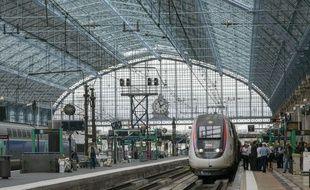 Un homme malvoyant se fait indiqué le mauvais train à la gare de Bordeaux Saint-Jean et arrive à Paris au lieu de Orthez, près de Pau.
