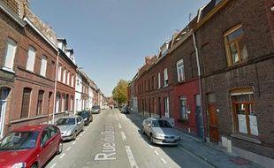 Le facteur a été agressé rue du Dragon, à Tourcoing.