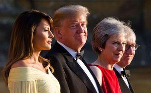 Philip et Theresa May accueillent Donald et Melania Trump  au Blenheim Palace pendant leur visite en Grande Bretagne le 12 juillet 2018.