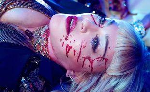 Madonna dans le clip de «God Control».