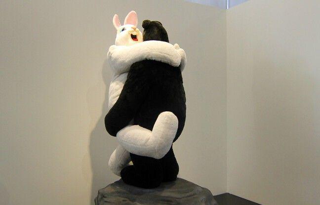 Le lapin et l'ours est une oeuvre de Paul McCarthy extraite de la collection Pinault.